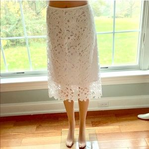 NEW VINCE CAMUTO white lace flower skirt lined 14